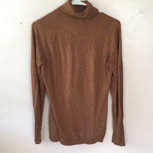 H&M brown turtle neck sweater